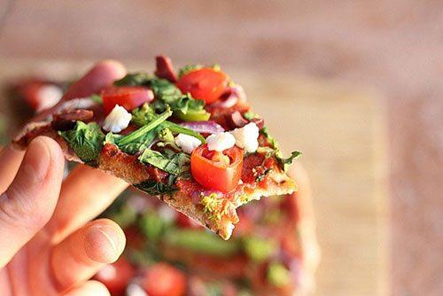 pizza con farina di farro per sportivi
