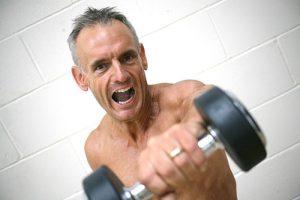 Come Sviluppare I Muscoli a 50 anni Per Un Uomo