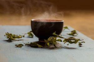 Tè verde riduce grasso corporeo