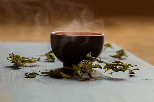 Tè verde brucia grasso corporeo