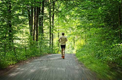 Jogging per dimagrire: 20 minuti al giorno funzionano