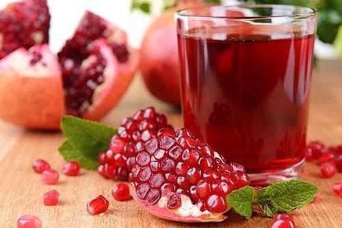 Rischi e Benefici del succo di melograno