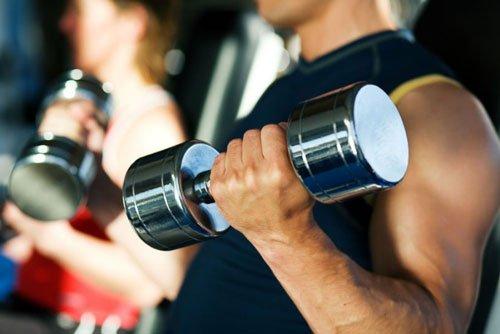 Differenza Tra Forza Muscolare & Resistenza Muscolare