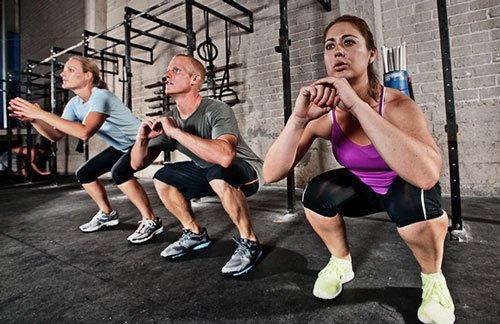L'allenamento fatto seguendo il protocollo Tabata brucia circa 15 calorie al minuto.