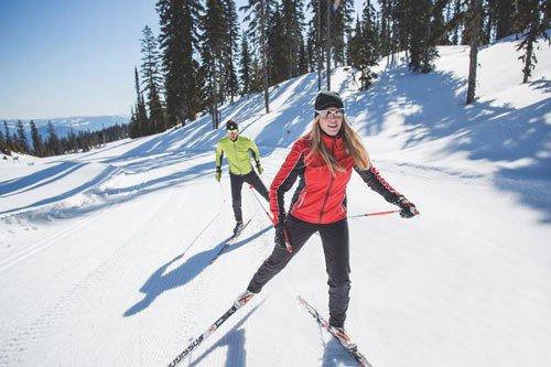Puoi bruciare quasi 300 calorie con 30 minuti di sci di fondo.
