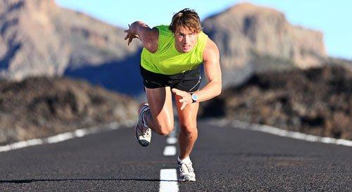 Gli sprint possono far consumare dalle 400 alle 500 calorie nell'arco di mezz'ora.