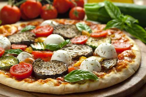 Pizza vegetariana calorie