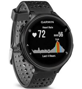 Migliori cardiofrequenzimetri: Garmin Forerunner 235